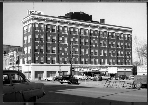 North American Hotel in Ottawa - Page