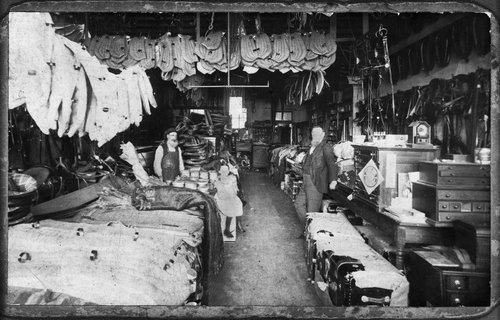 Peter Kaiser's harness shop in Ottawa - Page
