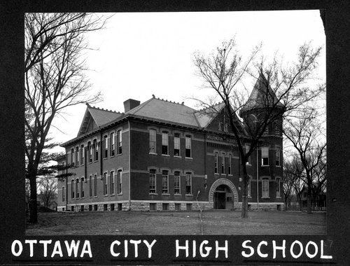 Washington School in Ottawa, Kansas - Page
