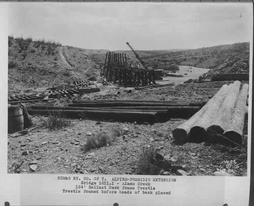 Kansas City, Mexico, & Orient Railway's bridge at the Alamo Creek - Page