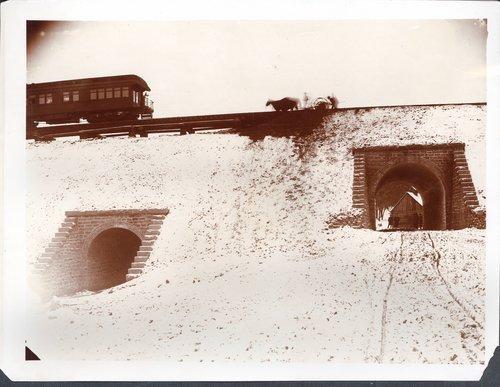 Atchison, Topeka & Santa Fe Railway Company's arch bridges - Page