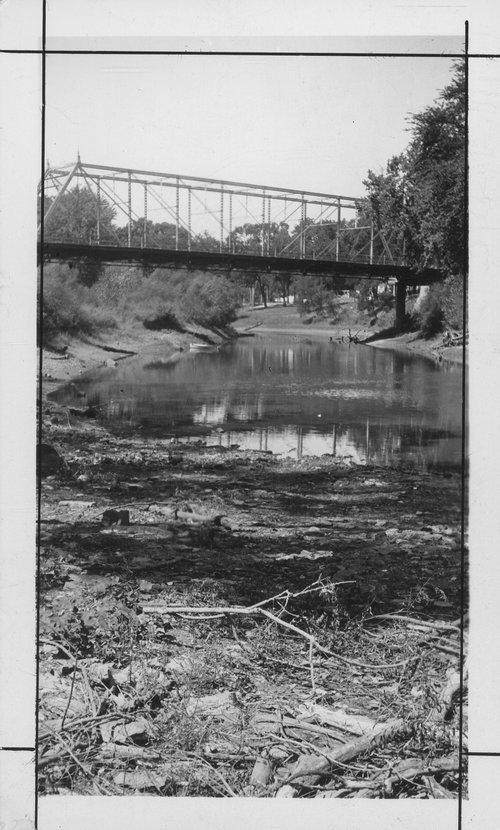 Marais des Cygnes River - Page