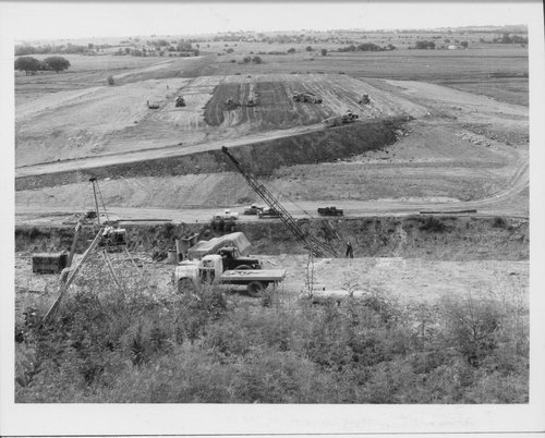 Construction scenes on the Franklin County reservoir, 1960 - Page