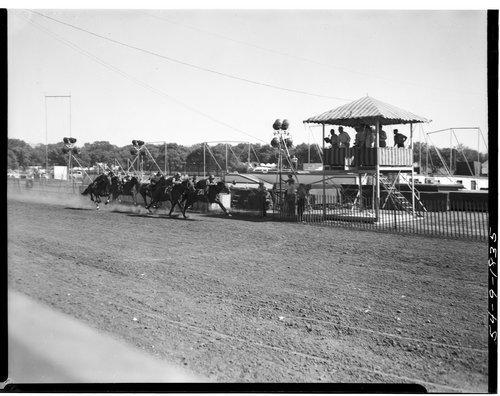 Horse racing, Topeka, Kansas - Page