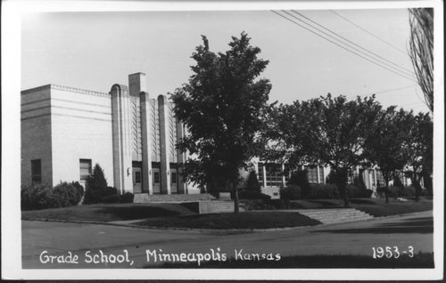Grade school in Minneapolis, Kansas - Page