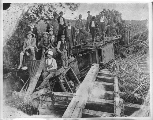 Wrecked steam locomotive, Westmoreland, Kansas - Page