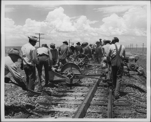 Atchison, Topeka & Santa Fe Railway Company workers - Page