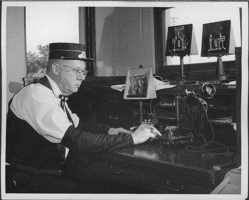 Atchison, Topeka & Santa Fe Railway Company telegrapher - Page