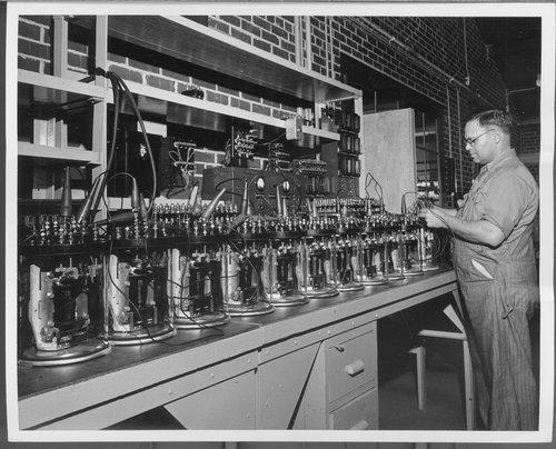 Atchison, Topeka & Santa Fe Railway Company's signal repair shop, Topeka, Kansas - Page