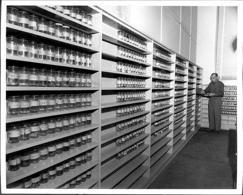 Atchison, Topeka & Santa Fe Railway Company's teletype room, Topeka, Kansas - Page