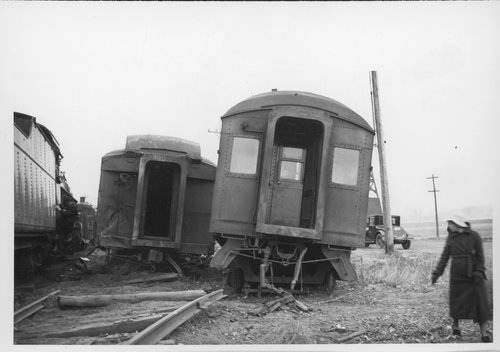 Chicago, Rock Island and Pacific Railroad wreck, Topeka, Kansas - Page