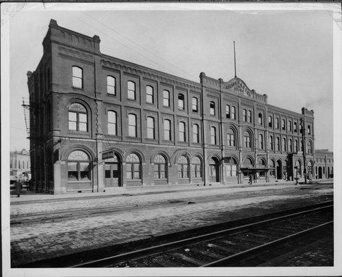 Atchison, Topeka & Santa Fe Railway Company Arcade Hotel, Newton, Kansas - Page