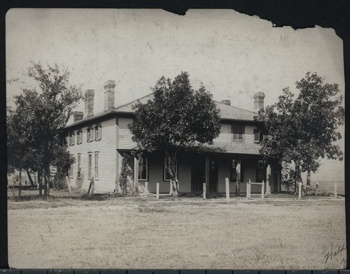 Commanding officer's quarters, Fort Hays, Kansas - Page