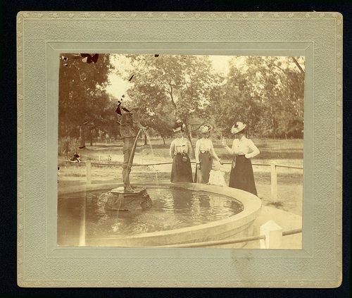 Riverside park in Wichita, Kansas - Page