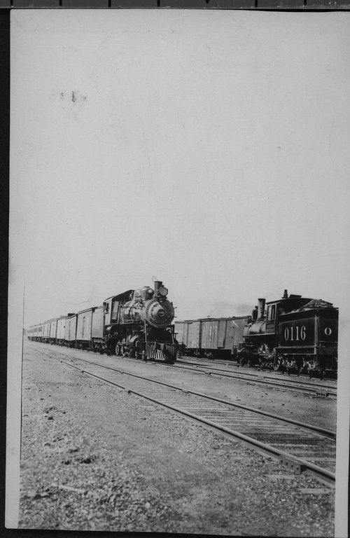 Atchison, Topeka & Santa Fe Railway Company's steam locomotives #1440 and #0116 - Page