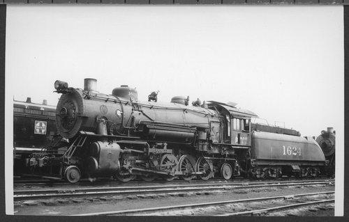 Atchison, Topeka & Santa Fe Railway Company's steam locomotive #1624 - Page