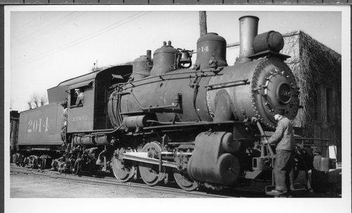 Atchison, Topeka & Santa Fe Railway Company's steam locomotive #2014 - Page