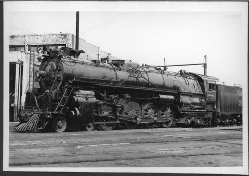 Atchison, Topeka & Santa Fe Railway Company's steam locomotive #3751 - Page