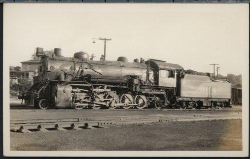 Atchison, Topeka & Santa Fe Railway Company's steam locomotive #904 - Page
