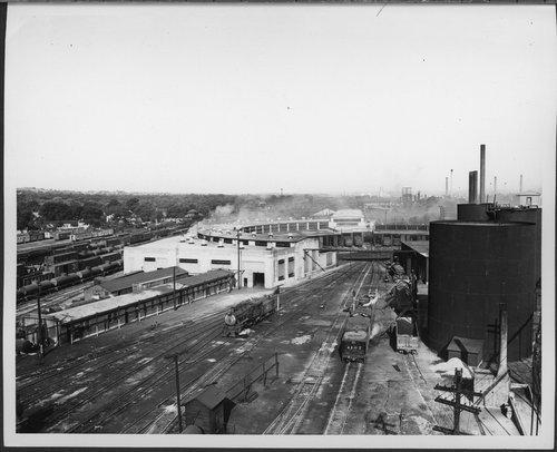 Atchison, Topeka & Santa Fe Railway Company's roundhouse, Argentine, Kansas - Page