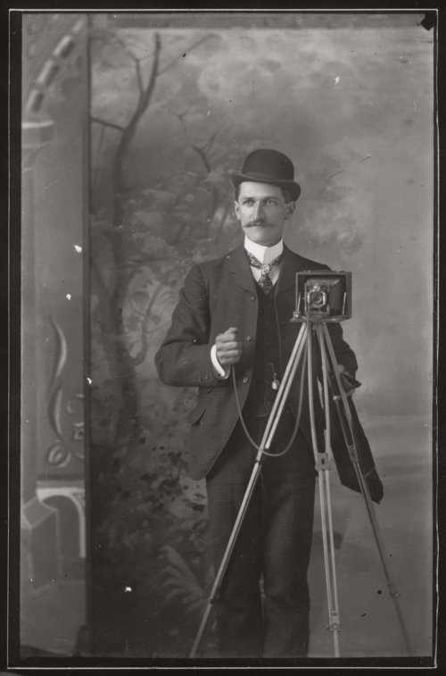 Photographer - Page