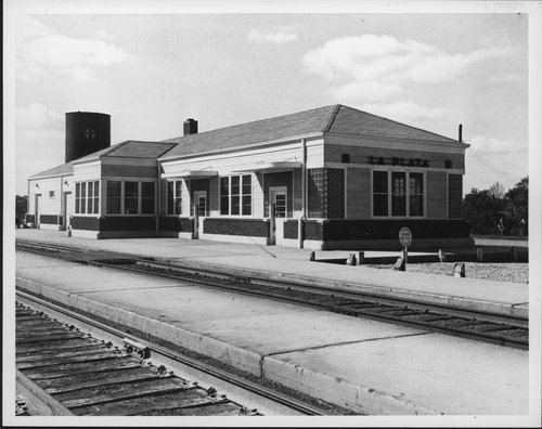 Atchison, Topeka & Santa Fe Railway Company depot, La Plata, Missouri - Page