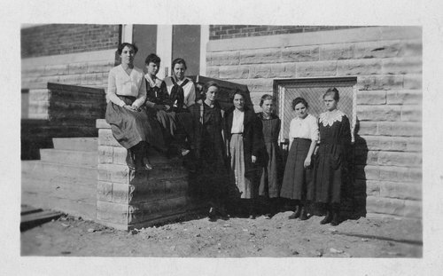 Senior women at Simpson High School in Simpson, Kansas - Page