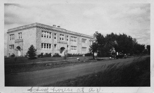 High school in Alta Vista, Kansas - Page