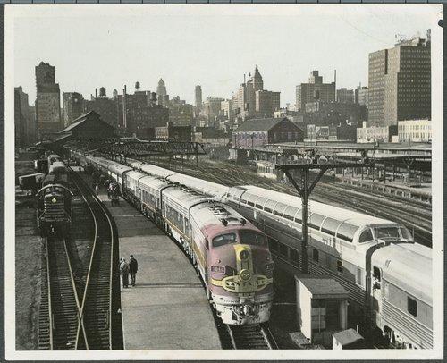 Atchison, Topeka & Santa Fe Railway Company's Texas Chief, Chicago, Illinois - Page