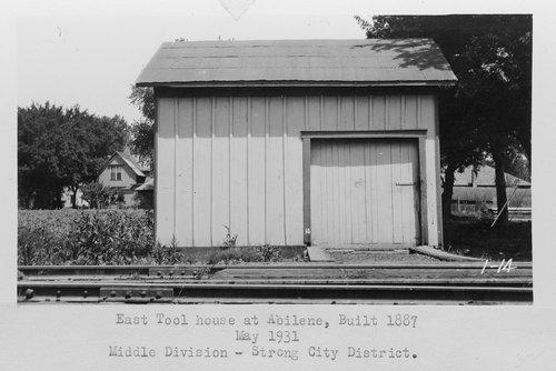 Atchison, Topeka & Santa Fe Railway Company tool house, Abilene, Kansas - Page