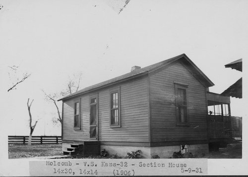 Atchison, Topeka & Santa Fe Railway Company section house, Holcomb, Kansas - Page