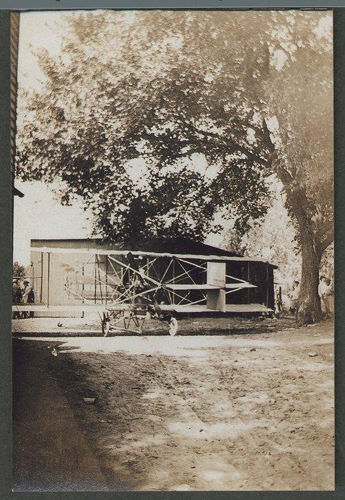 Albin K. Longren's plane - Page
