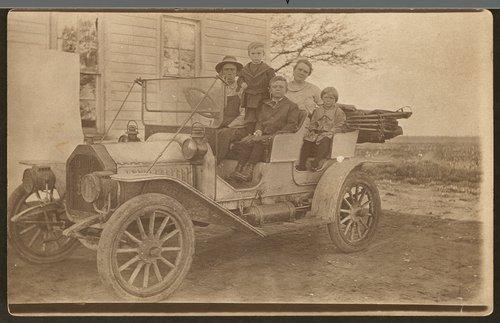 Charlie Thompson family, Linn, Kansas - Page