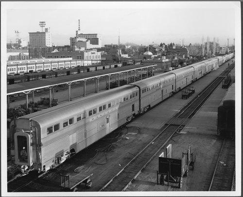 Atchison, Topeka & Santa Fe Railway Company's El Capitan, Albuquerque, New Mexico - Page