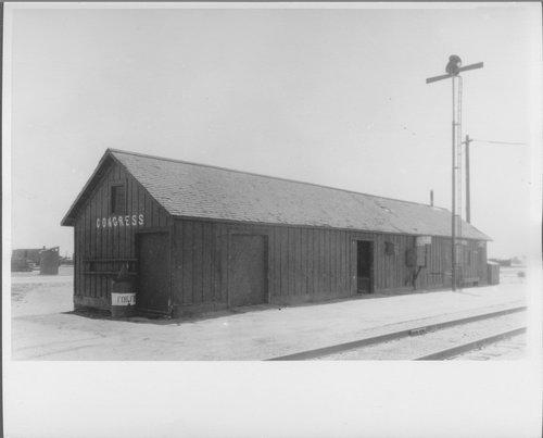 Atchison, Topeka & Santa Fe Railway Company's freight depot, Congress, Arizona - Page