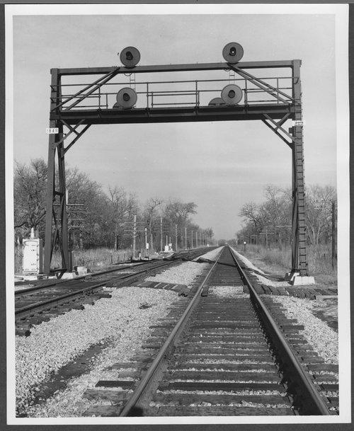 Atchison, Topeka & Santa Fe Railway Company tracks, Chicago, Illinois - Page