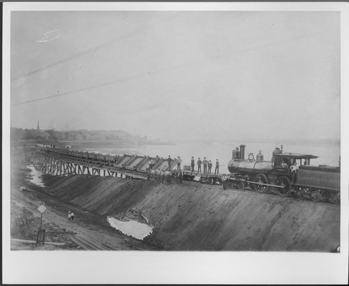 Atchison, Topeka & Santa Fe Railway Company bridge, Ft. Madison, Iowa - Page