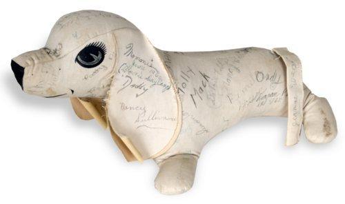 Autograph dog - Page