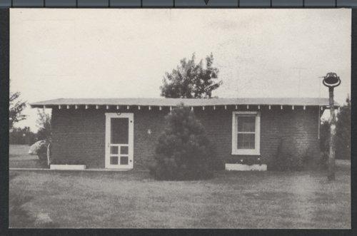Sod house, Kinsley, Kansas - Page