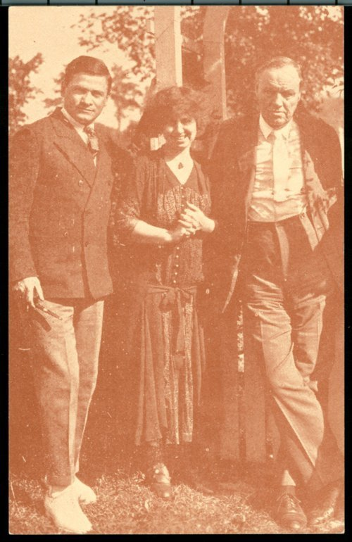 A postcard showing Emanuel and Marcet Haldeman-Julius with Clarence Darrow in Girard, Kansas, 1925