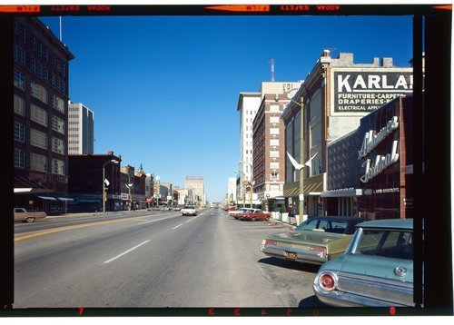 Kansas Avenue in Topeka, Kansas - Page