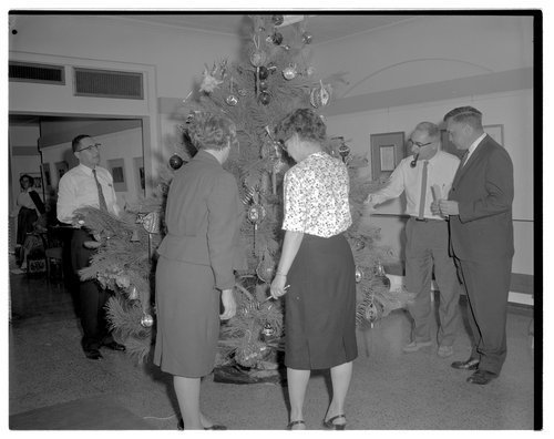 Christmas tree in the Tower Building Menninger West Campus in Topeka - Page