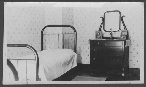 Child's bedroom, Southard School, Menninger Clinic in Topeka, Kansas - Page