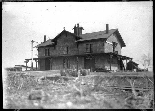 Kansas Pacific Railway depot, Victoria, Kansas - Page