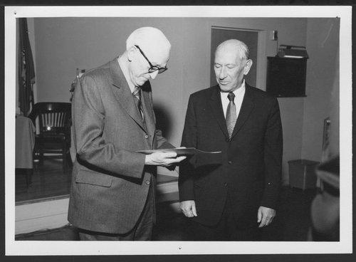 The Karl A. Menninger Medical Library at the Topeka VA hospital in Kansas - Page