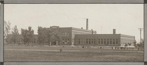 Whitesitt Hall, Pittsburg State University, Kansas - Page