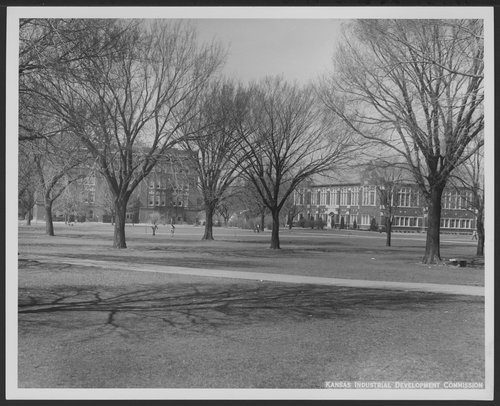Campus scene, Pittsburg State University, Kansas - Page