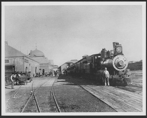 Atchison, Topeka and Santa Fe Railway Company steam locomotive, Los Angeles, California - Page