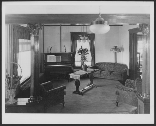Menninger Clinic reception room in 1928 in Topeka, Kansas - Page