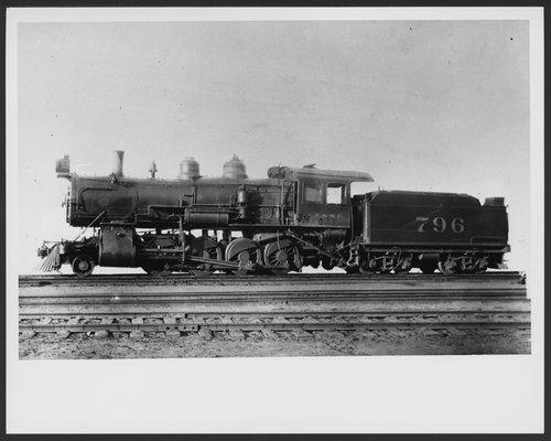 Atchison, Topeka & Santa Fe Railway Company's steam locomotive #796 - Page